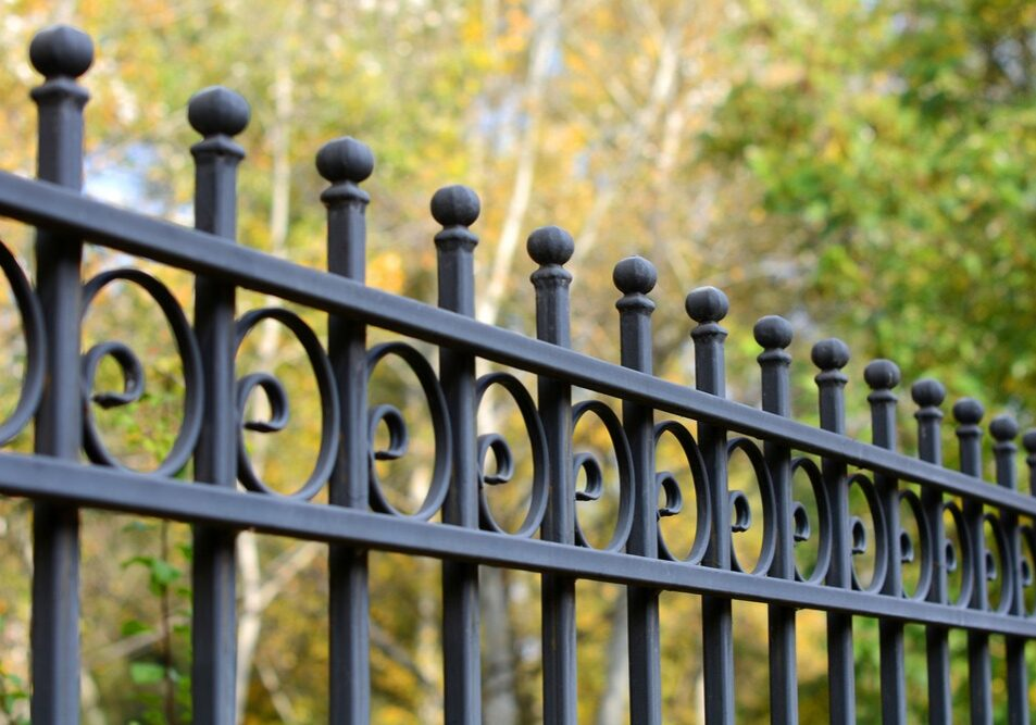 Image,Of,A,Beautiful,Decorative,Cast,Iron,Wrought,Fence,With